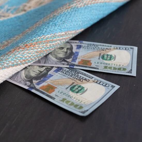 us cash under door mat - selling on facebook marketplace tips - arrange payment before arrival