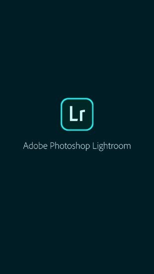 adobe photoshop lightroom loading screen featuring Lr logo in the centre of the screen above app's name